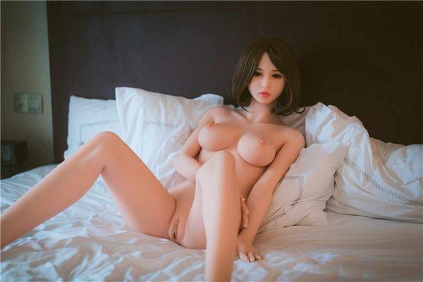 realistic love dolls