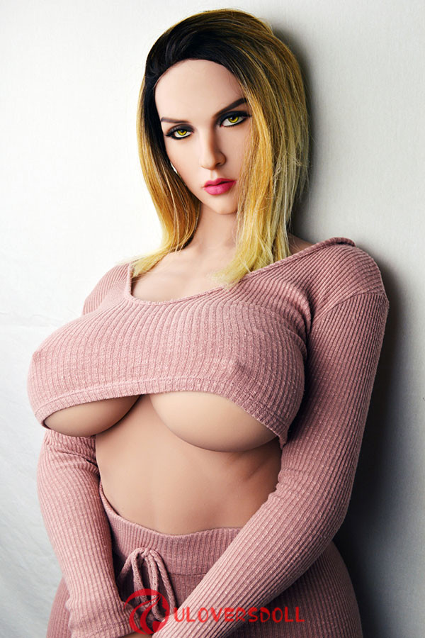 big breasts silicone sex doll