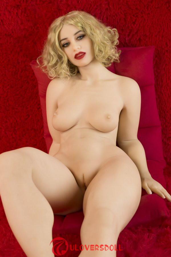 blonde sexy tpe doll