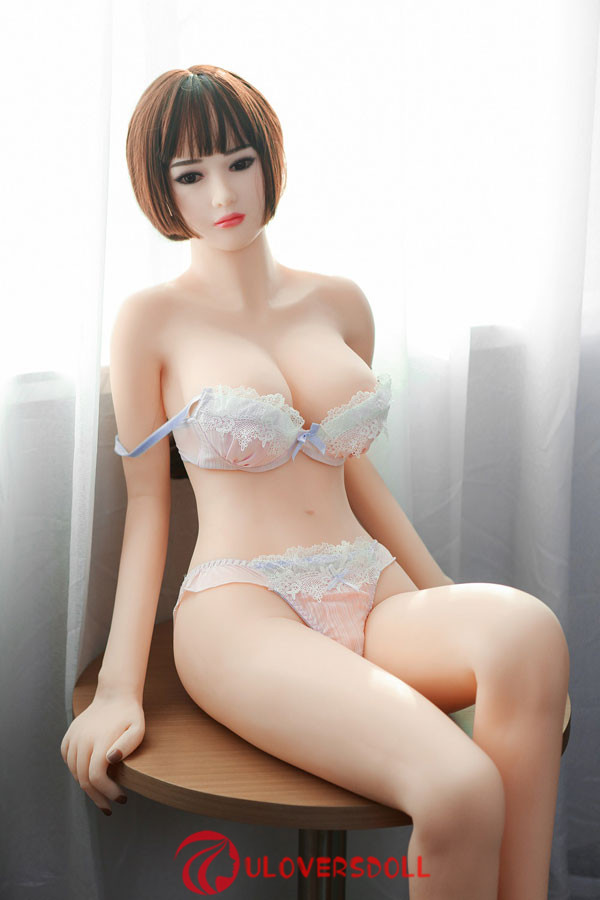 perfect Asian sex doll
