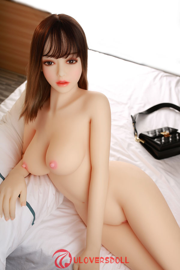 Asian style middle breast sex dolls