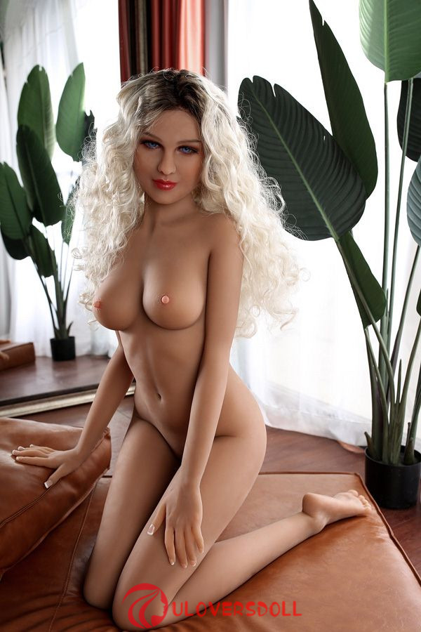 sexy adult silicone doll
