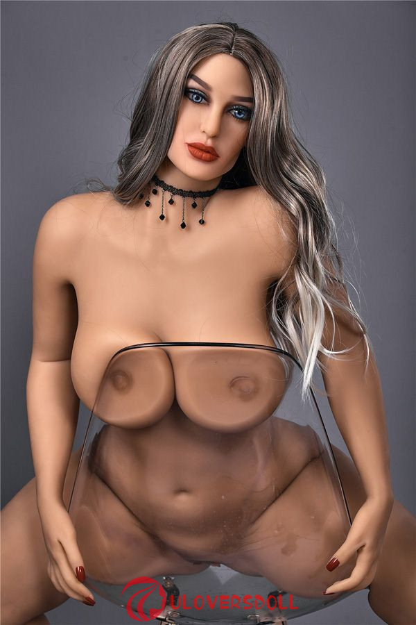 E cup big ass sex doll