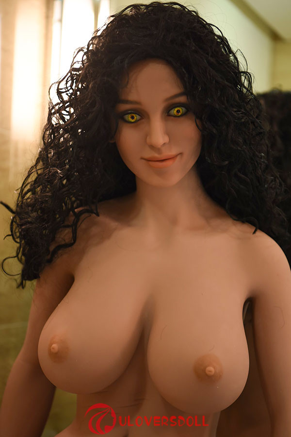 big breasts tpe doll