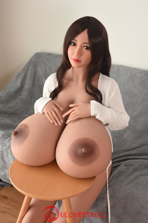 huge tits real dolls