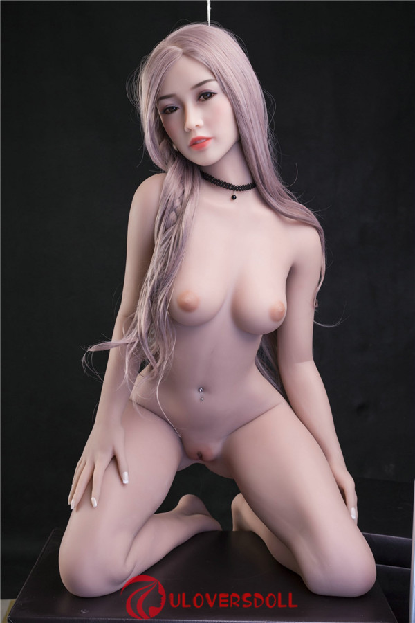 tiny sex doll