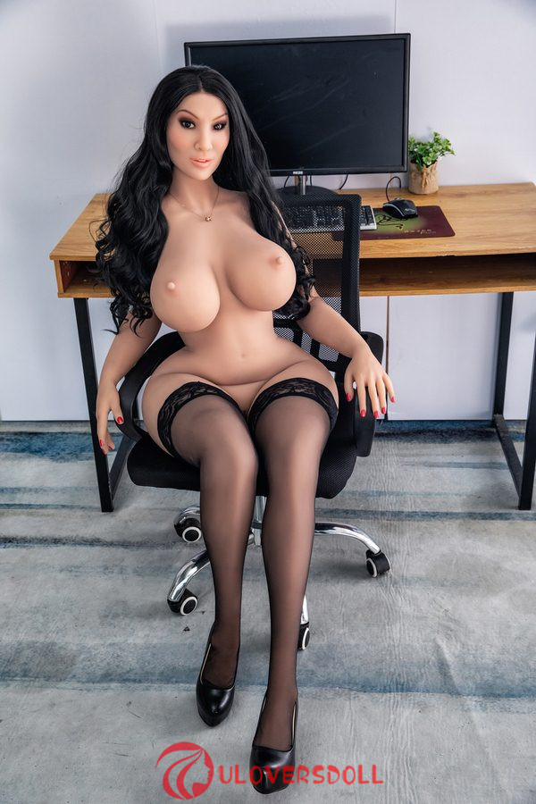 big tits love doll