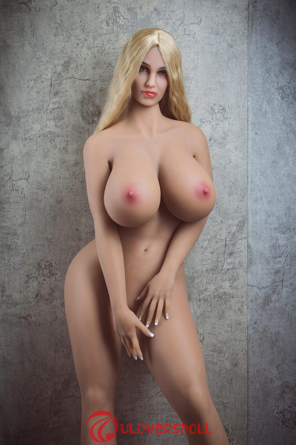 big chest sex doll