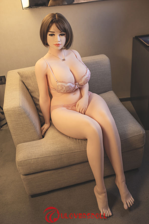 large breasts sex doll