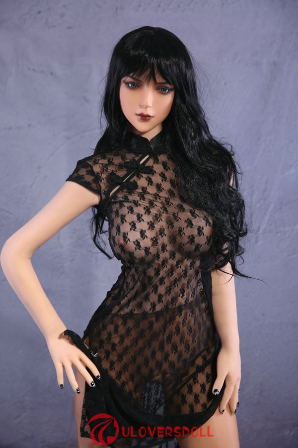 C cup breasts sex doll