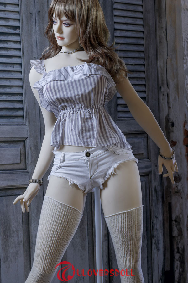 C cup realistic love doll