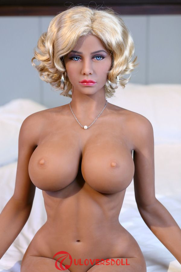 lifelike sexy sex dolls