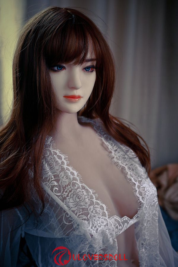 small chest silicone adult dolls
