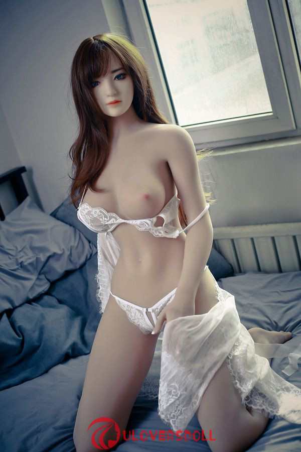 Japanese style female sex silicone doll